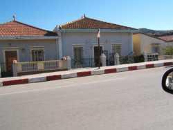 """Route de Cherchell Juste � cot� du pont sur l'oued Allalah � cot� de la Cit� d'Urgence ---- 1- Villa BOUSSOUFI Lakhdar  2- YOUSFI 3- Maison """"raouilla"""""""