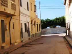 fin de la Rue Leblond En face : la rue de l'Hopital en r�novation