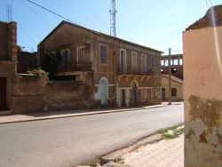 Intersection entre  la ruelle de la Cr�che  et la rue Sidi Rached ---- en bas : Maison Fran�ois BIRGI et Albert Birgi de l'autre cot�