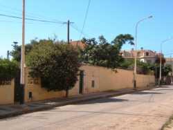 Rue de l' Arsenal ex rue de la Gendarmerie au fond, la maison DESSOLIERS