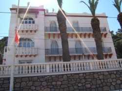 Maison du Bey de Tunis � T�n�s face au port F�t aussi la demeure des Ing�nieurs Ponts et Chauss�es