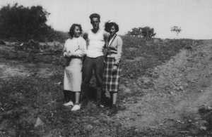 Avril 1951 Maryvonne VIDAL Jean-Paul BANON Anne-Marie BANON