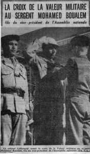 Sergent Mohamed BOUALEM Croix de la Valeur Militaire des mains du colonel LALLEMAND