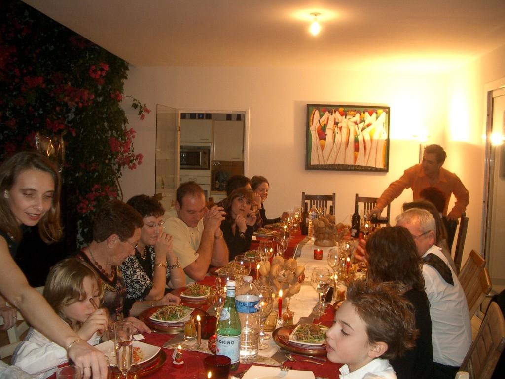 Images de tenes famille di meglio apr s 1962 imgp0014 for Idee repas convivial en famille
