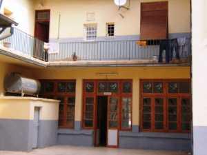 L'Ecole des Filles en 2008 ---- en haut l'appartement RIGAIL actuellement Famille ELFERAS