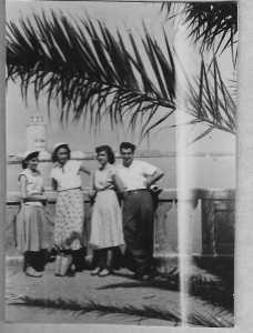 1950 - TENES Annie LASSUS Henriette MAFFRE Paulette LLINARES Pierrot LASSUS