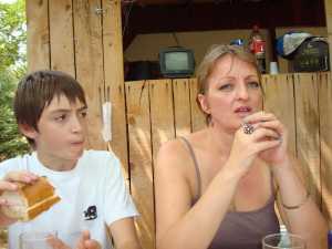 2008 - MARSEILLAN  Martine ENGGASSER et son fils