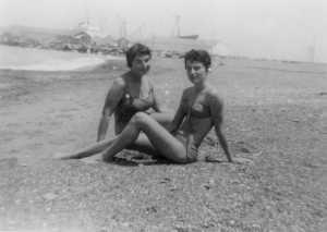 Mle X et Micou Garrisson juin 1959