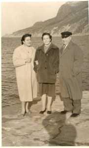 Rosette WERY Lucienne CACCIUTTOLO Paul CACCIUTTOLO (Charpentier de Marine)