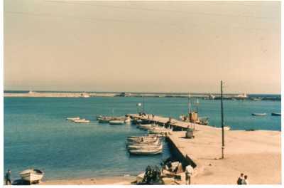 Le Port en face de la maison MARINI