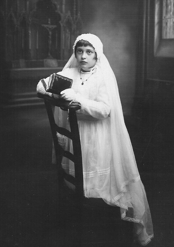 1935 - RELIZANE Communion solennelle  d'Henriette MAFFRE