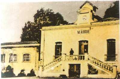 MONTENOTTE L'Ecole et La Mairie