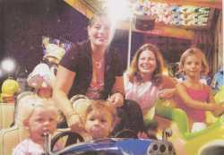 Filles de Jacqueline MARCOT Anne et Sylvie et leur enfants