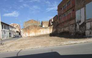 TENES - 28 Septembre 2012 Destruction de la maison  de la famille MAZOUNI rue MALA
