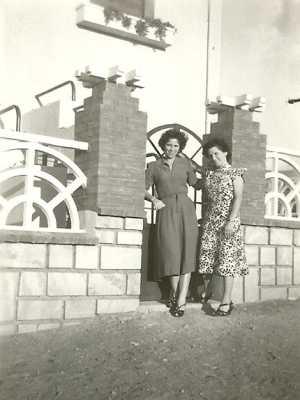 LE GUELTA - 1950 Laurence NOBLES  et Aliette FAGNONI