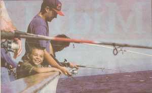 Pierre-Henri PELISSIER fils de Marcel 30 - Le GRAU du ROI ----  Bateaux Promenade en CAMARGUE