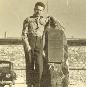 PAUL-ROBERT  Une plaque souvenir