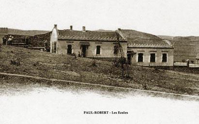 PAUL ROBERT en 1959 - Les Ecoles