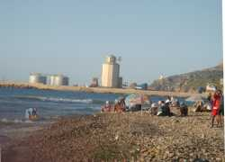 "La Grande Plage Le Port et le Dock ""BERGONZOLI"" ---- Juillet 2011"