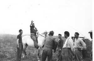 x Joseph CAMILLERI  (sur le cheval) x x x Alexandre CAMILLERI (fils de Joseph)