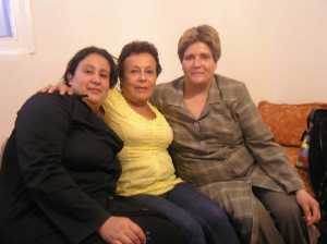 Zouzou avec les 2 filles de HALALA