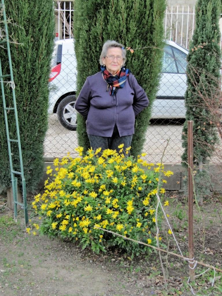 Images de tenes famille suire arlette suire dans son for Trouver de l or dans son jardin