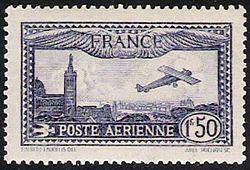1930 - Avion survolant Marseille