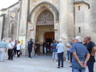 La sortie de l'Eglise