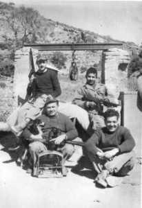 1960 - Les UT au puits  ---- PEREZ Crescent (Fils) x Guy WERY Jean GRACIA