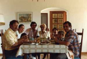 "La Ciotat 1980 Chez Guy et ""Rosette"" --- Guy WERY Angela WERY Jean Marie WERY Rose Marie WERY S. WERY C. WERY Daniel WERY"