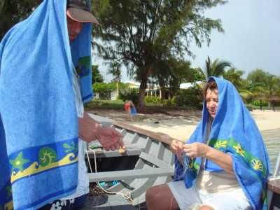 Mars 2009 Ile Maurice ---- Daniel et Angela WERY sous la pluie