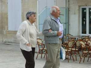 ILE DE RE - 2013 ---- Francine XICLUNA et son mari Albert GUYET