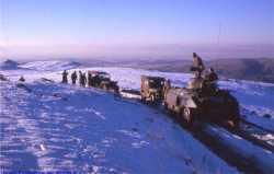 Jeeps et AM M8 dans la neige Photo J. F. De Villiers