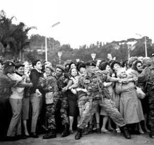 ALGER - 13 Mai 1958