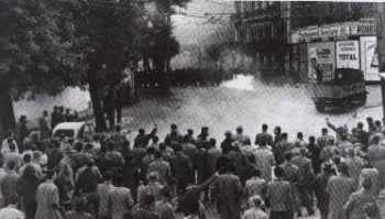 ALGER 24 Janvier 1960 les barricades