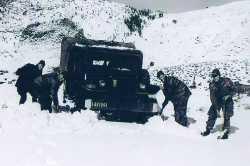 Dodge pris par la neige