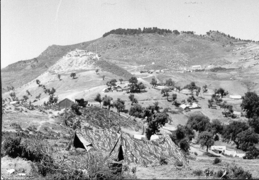 village de tentes  dans le djebel