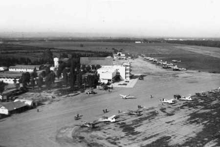 BOUFARIK - AERODROME en 1953
