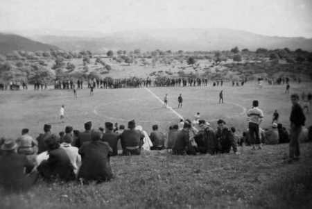 AKBOU - Le Terrain de foot