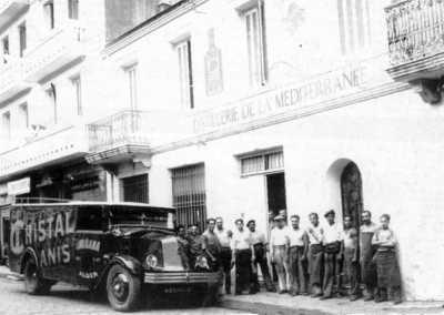 ALGER mars 1959 La distillerie Anisette Gras