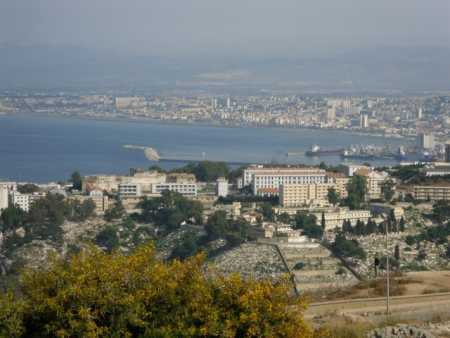 la baie d'Alger prise  depuis les hauteurs de la ville