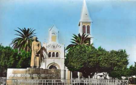 ALMA - Eglise et Monument aux Morts