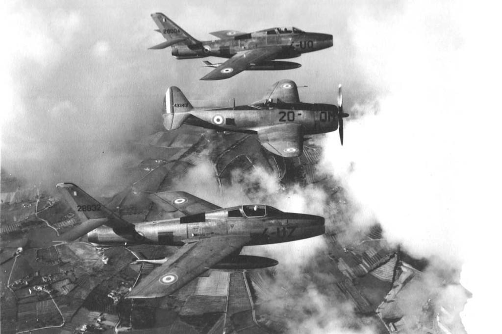1959 - Sur la Mitidja  THUNDERSTREAK et P-47 THUNDERBOLT
