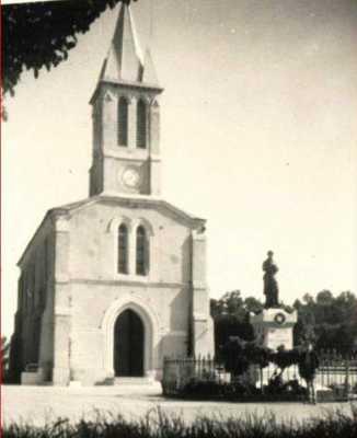 BELLEVUE - L'Eglise en 1954