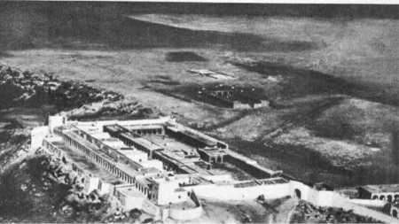 BENI-ABBES  Le Bordj et le Poste militaire
