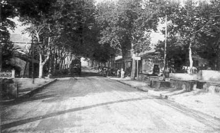 BERARD -  La rue Principale vers 1935