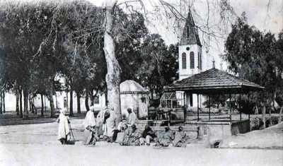 BIRTOUTA L'Eglise et la Place