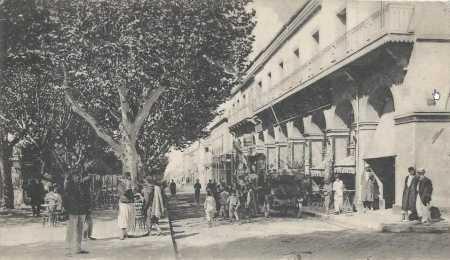 BLIDA - La Place d'ARMES