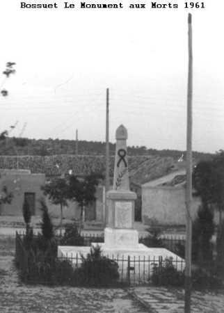 BOSSUET - Le Monument aux Morts