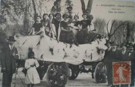 BOUKANEFIS - 1911 - Le char de la Calvacade